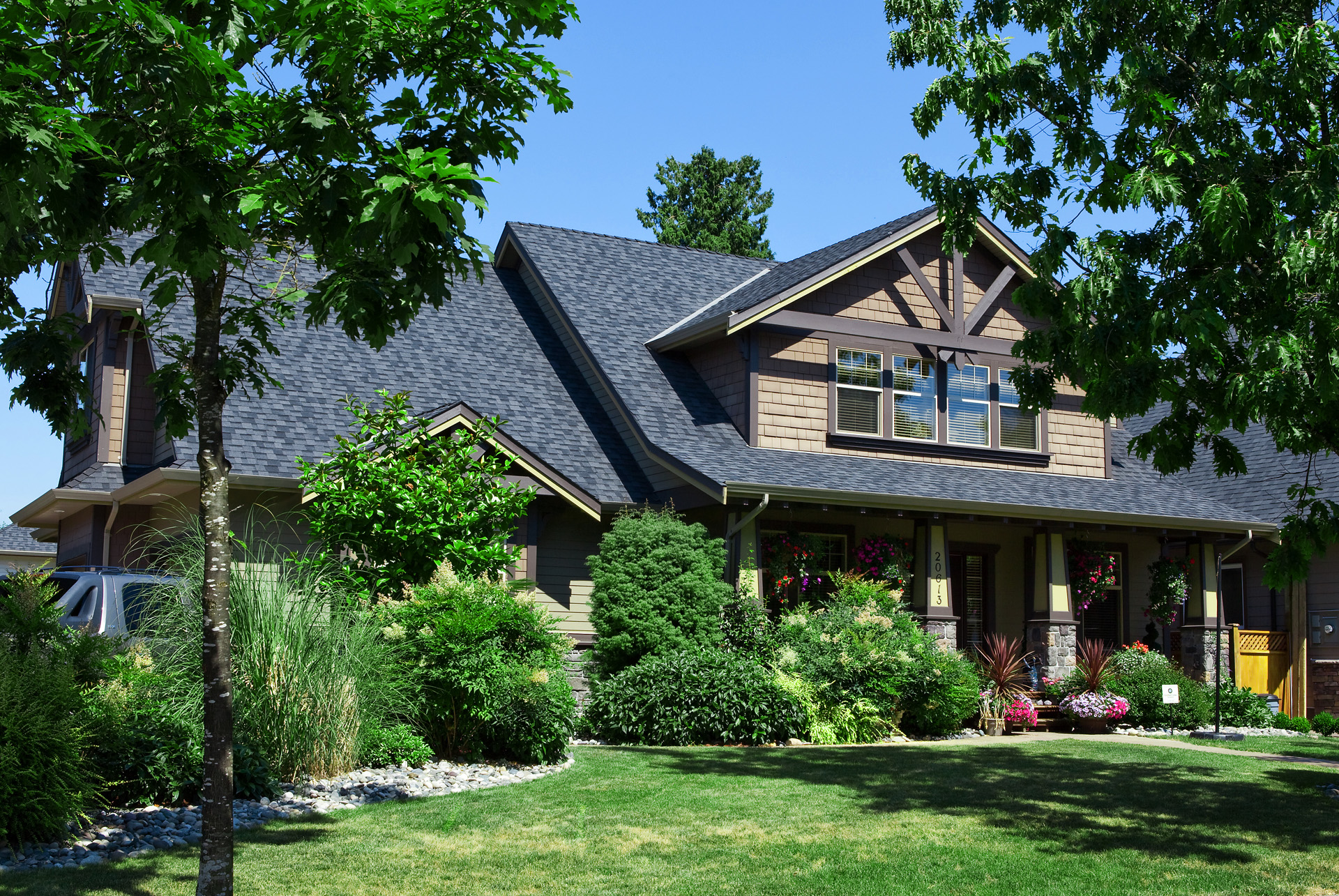 Hanzlick custom home trademark holdings for Luxury home descriptions